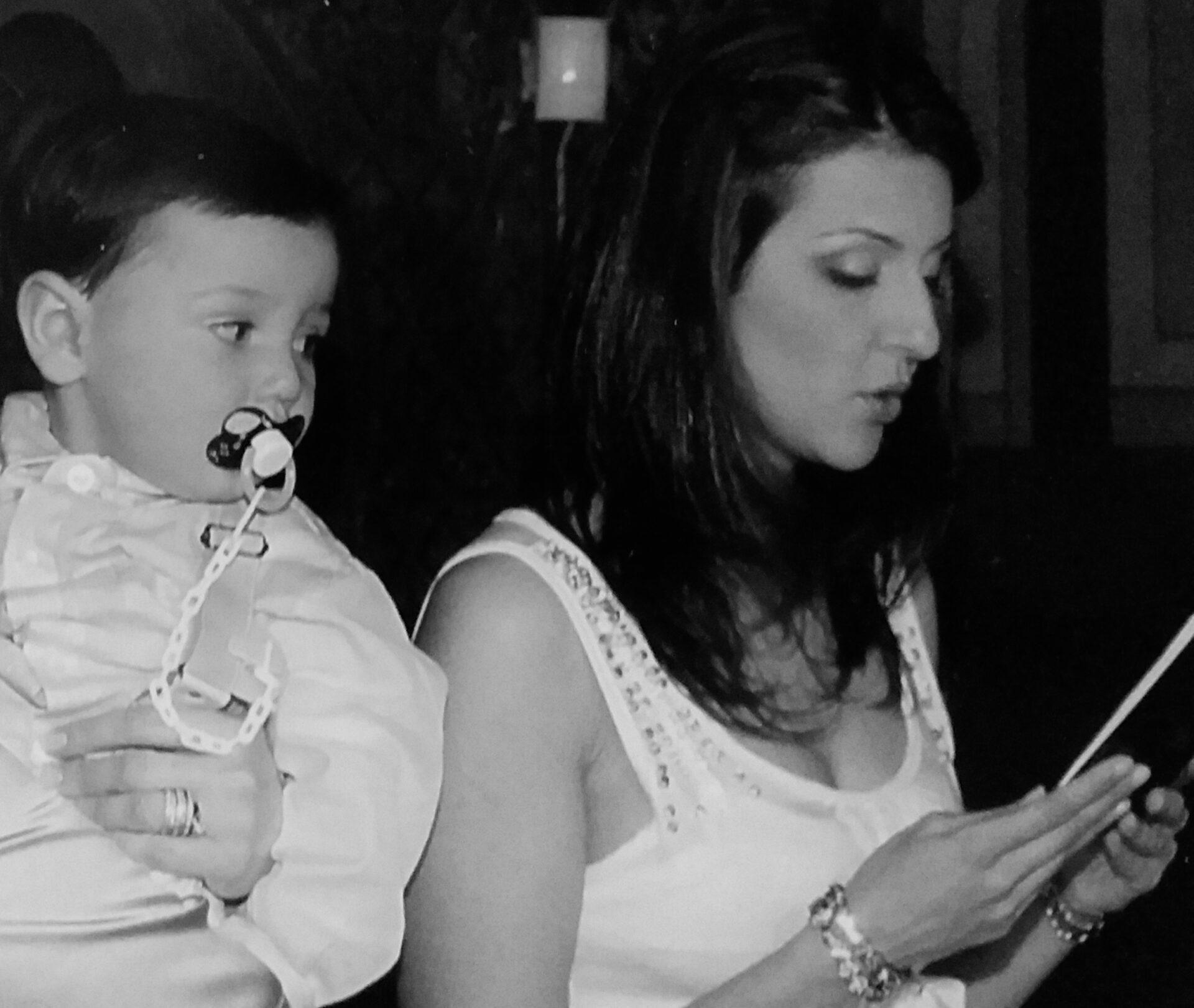 Η ιστορία πίσω από την επιλογή μιας νονάς