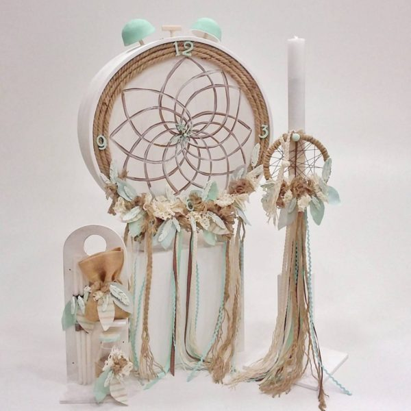 Dreamcatcher vintage clock